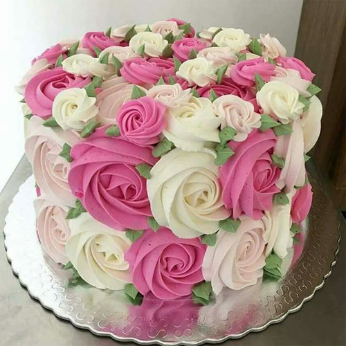 Birthday Cake For Friend With Name Free Delivery Yummycake