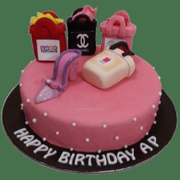 designer_shopping_bag_cake