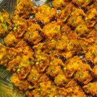 Piyaju (Lentil & Onion Fritters)