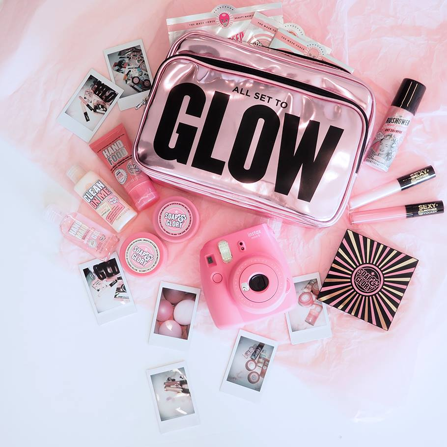 holiday-glow-getaway-giveaway