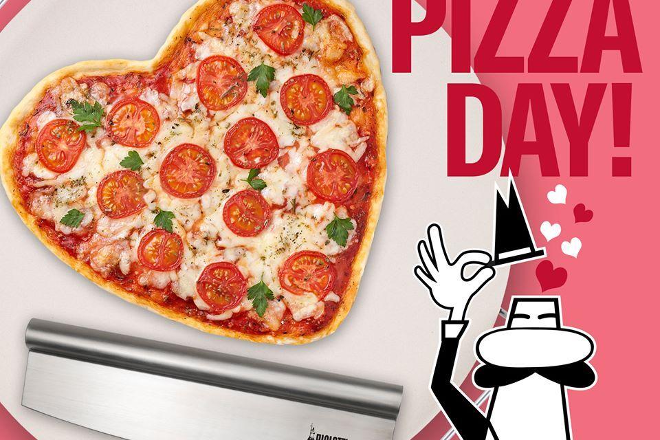 Bialetti Pizza Stone Giveaway