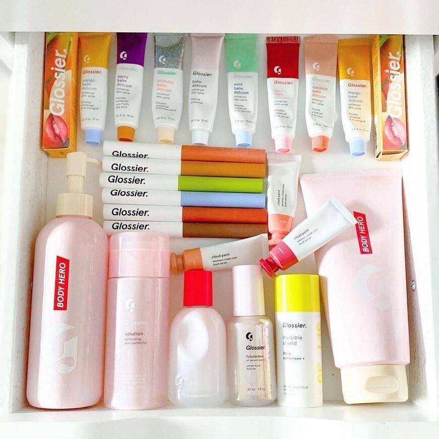 free-glossier-beauty-box