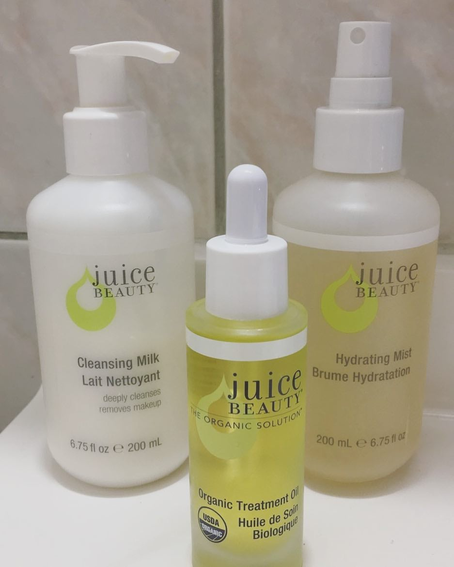 free-juice-beauty-cleansing-milk-or-hydrating-mist