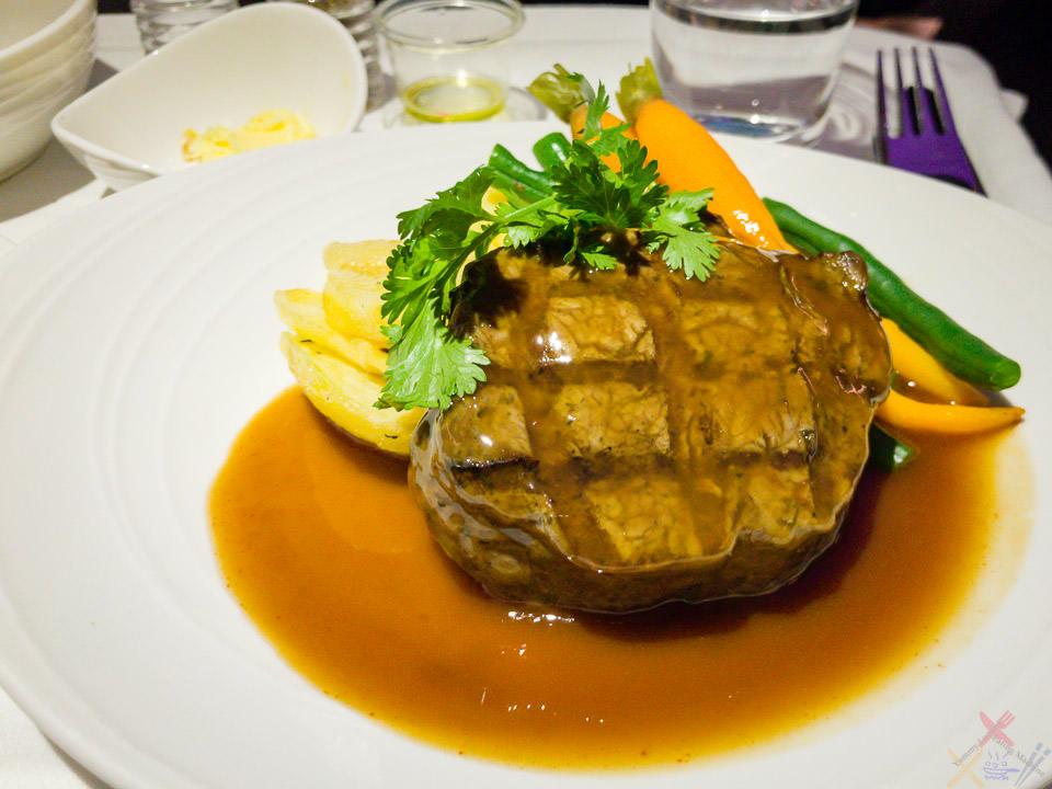 MH140 Beef main course Delhi Gary Lum