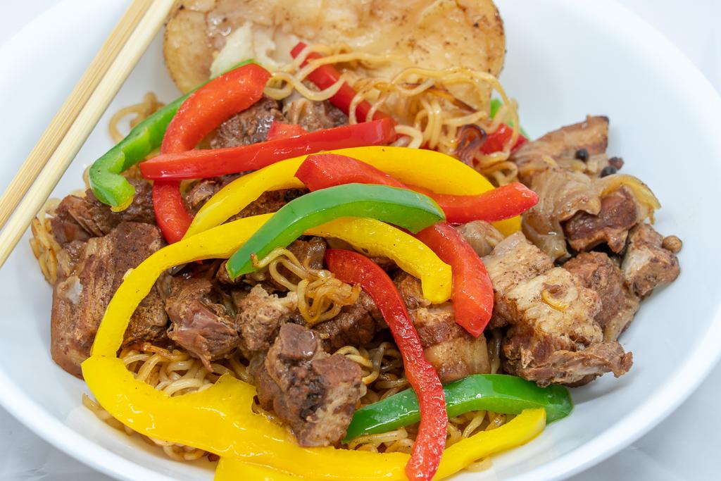 Pork belly and fried noodles