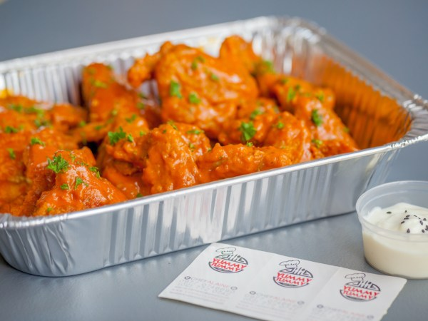 Buffalo Wings with Yogurt Dip