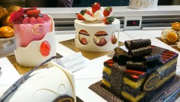 Look at the strawberry cake encased in a white chocolate carousel - amazing chocolate work!