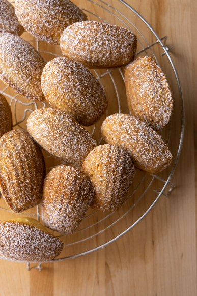 Spiced Madeleines with Salted Caramel Sauce