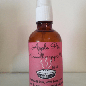 YumNaturals Emporium and Apothecary - Bringing the Wisdom of Mother Nature to Life - Apple Pie Aromatherapy Mist