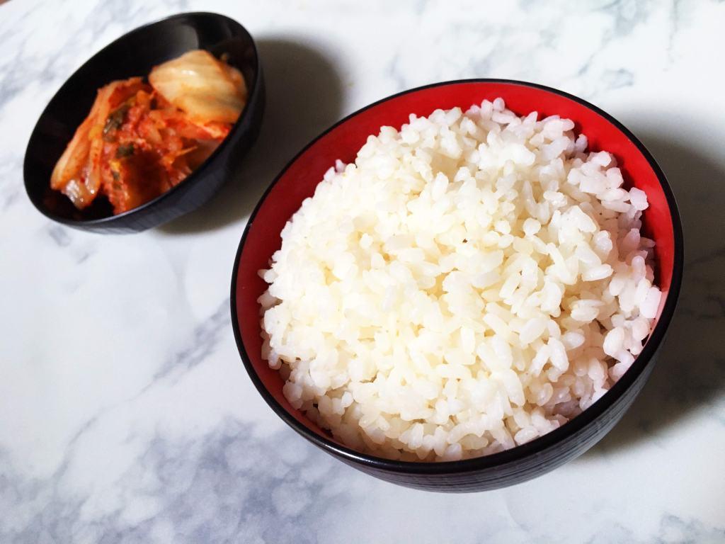 Riz coréen accompagné de Kimchi