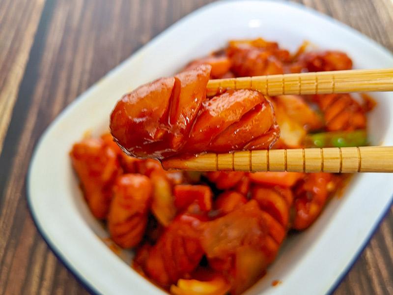 plat de saucisses et legumes sautes coreens, soya