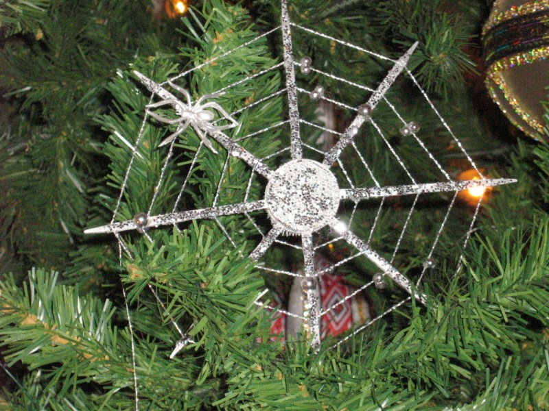 Ukrainian Christmas spider web ornament