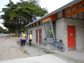 Berkeley Yacht Club facilities