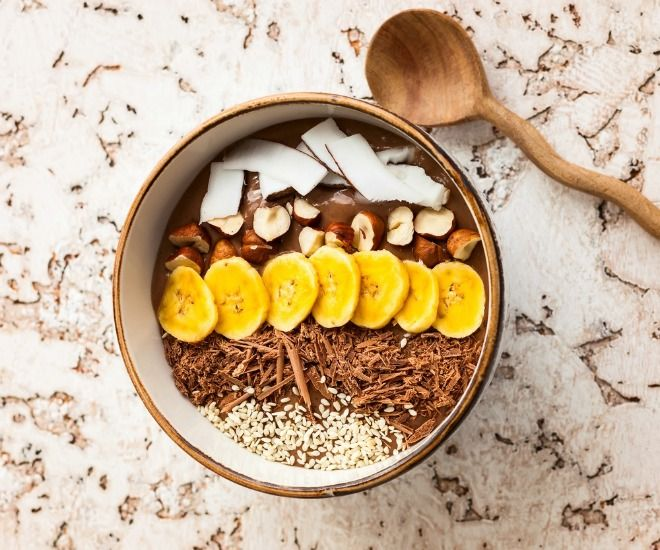 Chocolate Hazelnut Protein Bowl - Young and Raw