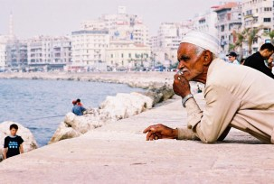 Yuri Martins Fontes / Egito-2007 / Alexandria: Reflexão / Praia do Mediterrâneo