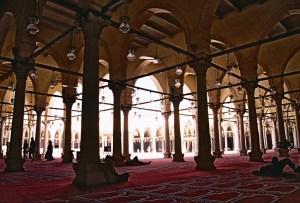 Yuri Martins Fontes / Egito-2007 / Cairo: Meditação / Grande mesquita na Zona Norte da capital