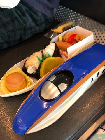 新幹線のお弁当