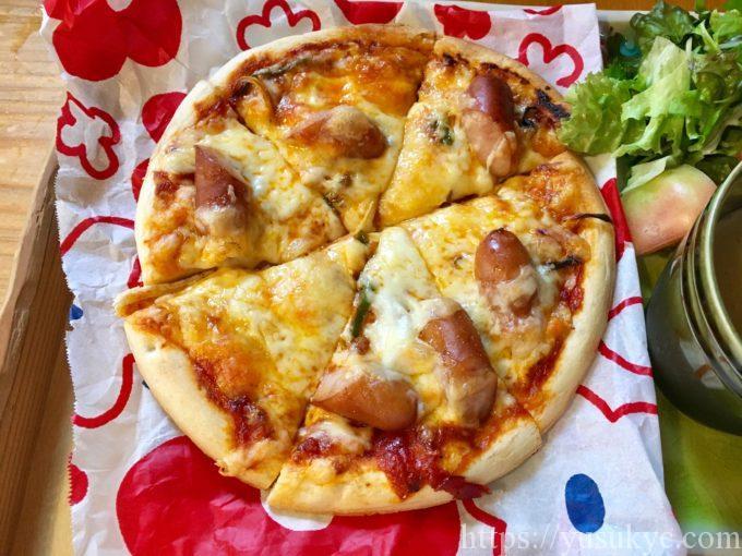 おうちcafeのピザ