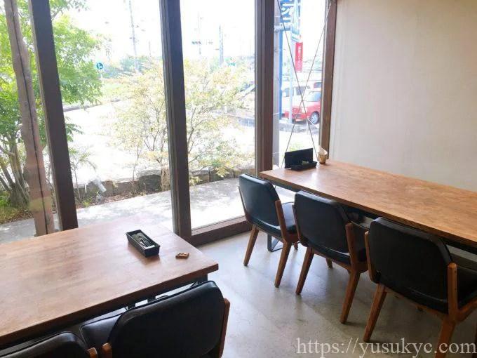 洋食SAKURA(さくら)の店内