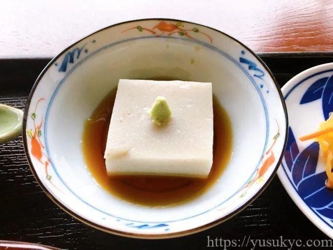 拘留孫(くるそん)のそば豆腐