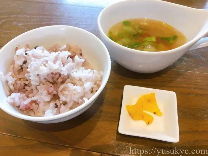 Wa-cha Wa-cha(わちゃわちゃ)のランチ(ご飯・スープ)