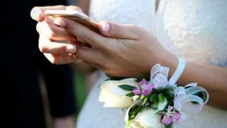 二宮和也の結婚式のウエディングドレスの値段やブランド,デザイナーは?アイキャッチ