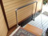 玄関上り框の手すり床支持