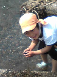 川遊びのちび4さい