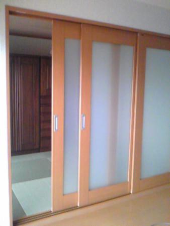 LD側からマンション和室改修三枚引戸採光有