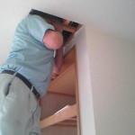収納撤去柱を抜くので天井らから構造確認中