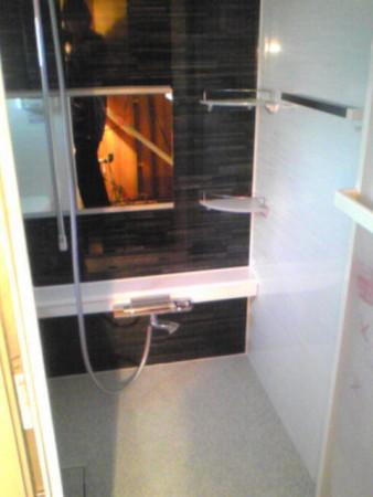 ユニットバスシャワーバー設置例
