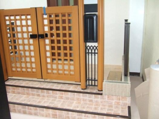 門扉も玄関も展示