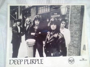 התמונה שחברי הלהקה העניקו לי. אוסף פרטי