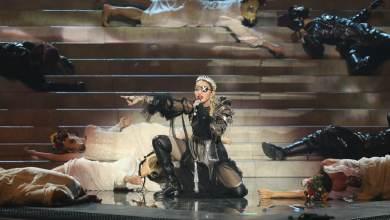 Photo of הזמרת מדונה מבטלת את מופעי 'מאדאם X' בגלל נגיף הקורונה