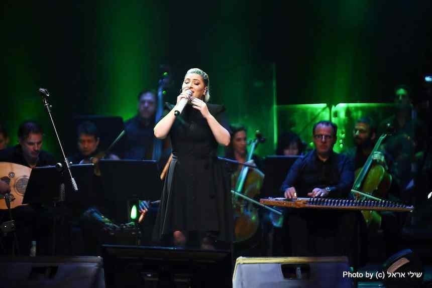 שרית חדד ותזמורת ירושלים מזרח מערב. צילום שילי אראל