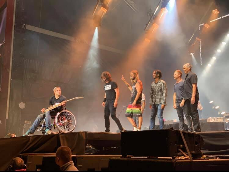 Foo Fighters והצעיר מישראל - גל. צילום לידור בק