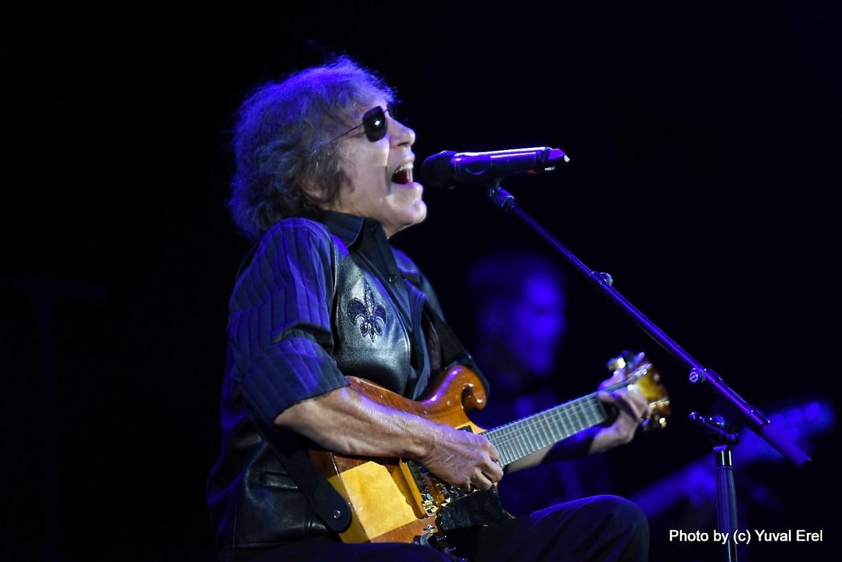 פליסיאנו, גיבור גיטרה אמיתי. צילום יובל אראל