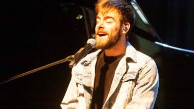 Photo of טל רמון במופע לקראת האלבום החדש, צפו בקטעי וידאו.