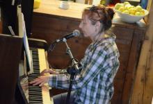 Photo of הדרה לוין ארדי – אלבומים חדשים ומופע