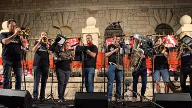 Photo of אנשי עולם התרבות בעצרת המחאה בירושלים