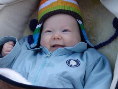 Yves mag seine neue Mütze