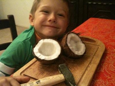 Yves ha aperto il cocco