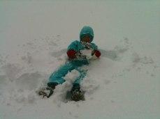 Yves si diverte nella neve