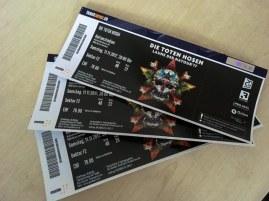 I nostri biglietti per il concerto dei Toten Hosen