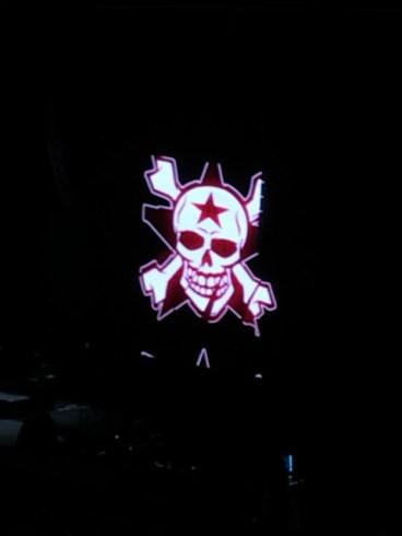 Finalmente! I Toten Hosen salgono sul palco