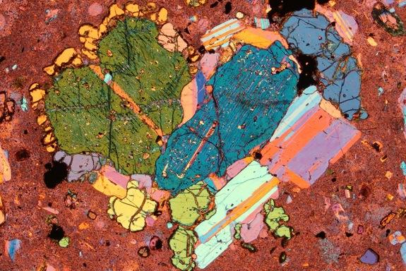 Une météorite étrange avec du quasicristal naturel analysée (2/3)