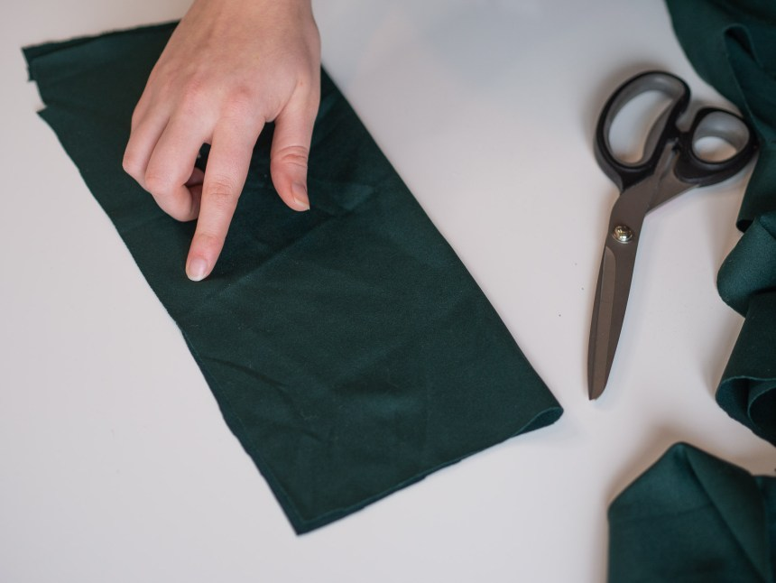 gift wrapping with fabric