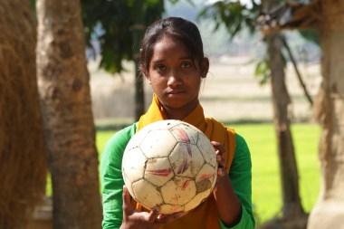 Kalsindur Sajeda mit Ball3