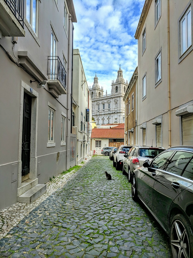 11 Top Reasons to Visit Portugal. A charming mixture of old and new.