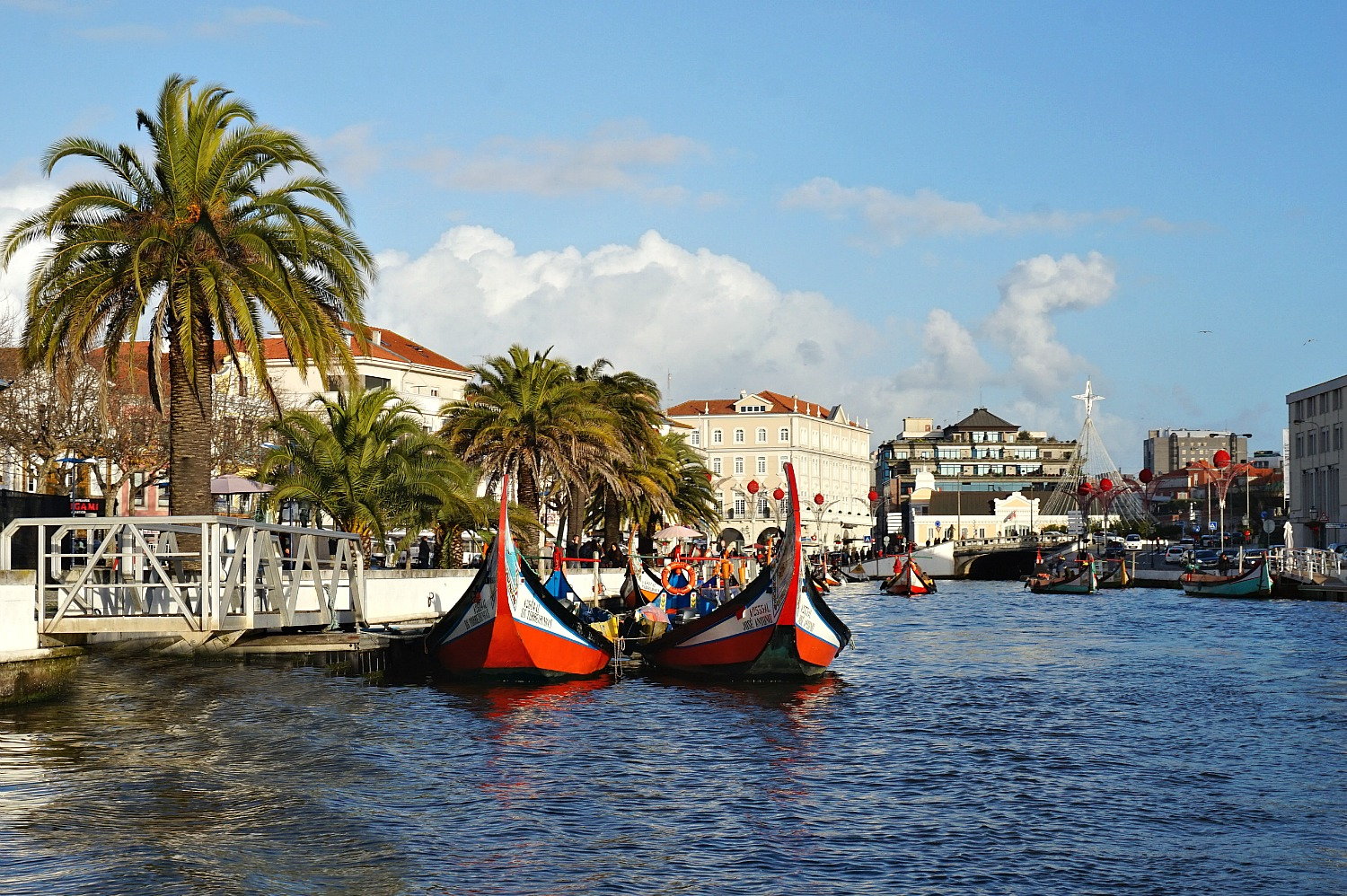 """Portugal - one week itinerary. Aveiro, """"Venice of Portugal"""" is Portugal's most romantic towns."""